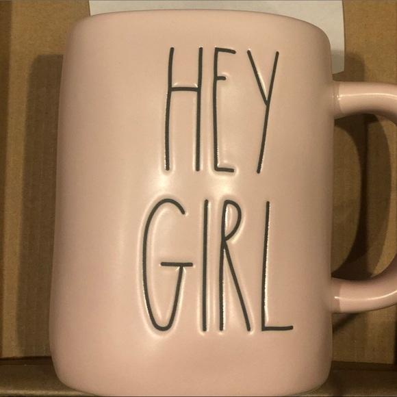 HEY GIRL pink MUG